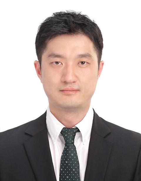 김동현 선생님 사진