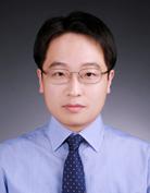 Bae Myeong-Hwan 선생님 사진