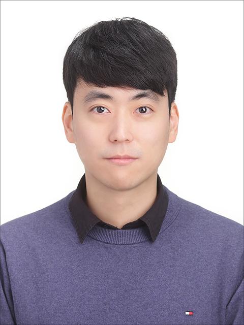배현우 선생님 사진