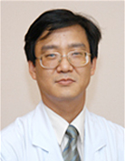 신재필 선생님 사진