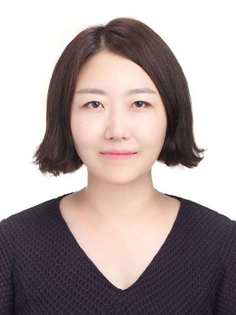 Hwang Soo-Kyong 선생님 사진
